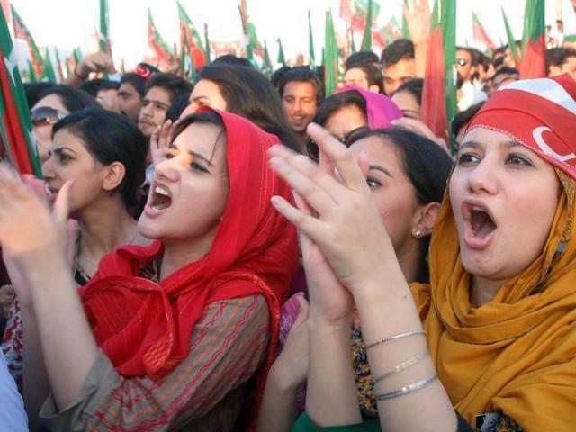 Imran-Khan-PTI-Tehreek-e-Insaaf-Rally-against-Drones-11 (1)