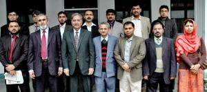 UET-Lahore-Teaching-Staff-Association-Meets-VC-Group-Photo